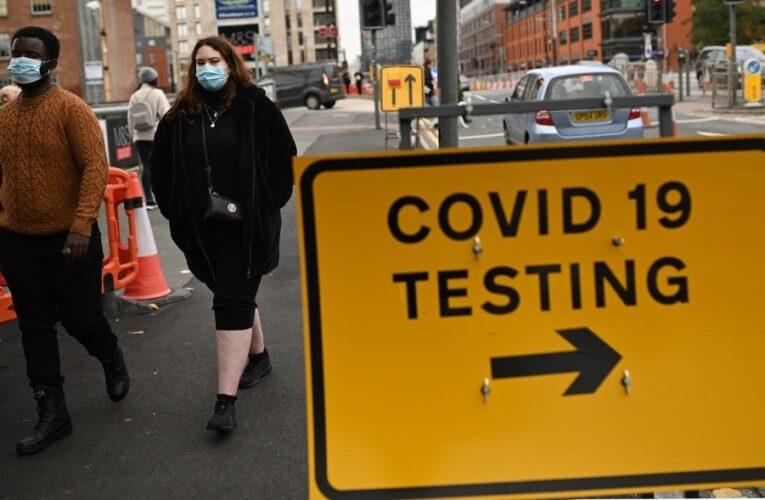 Inglaterra prevé inmunizar a un millón semanal
