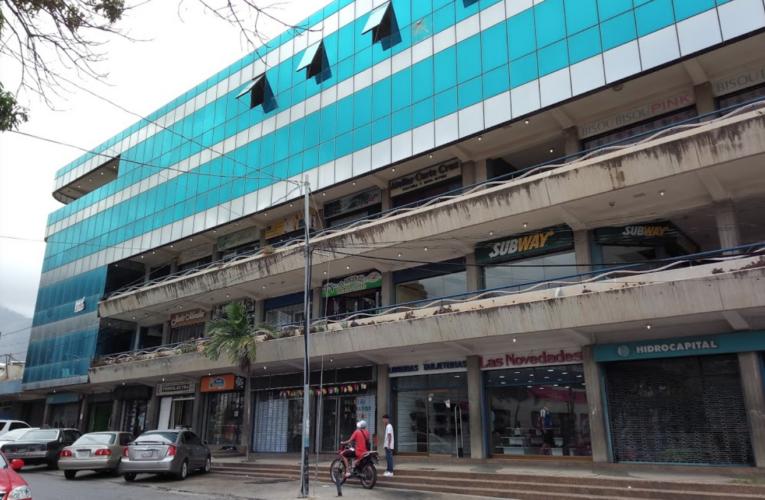 Centros comerciales esperan hacer su Black Friday