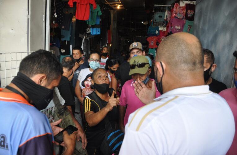 Concesionarios del Cacique Maiquetía rechazan aumentos de servicios en dólares