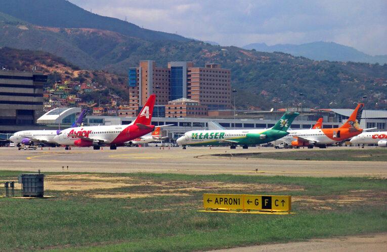 Líneas aéreas claman por reinicio de vuelos nacionales