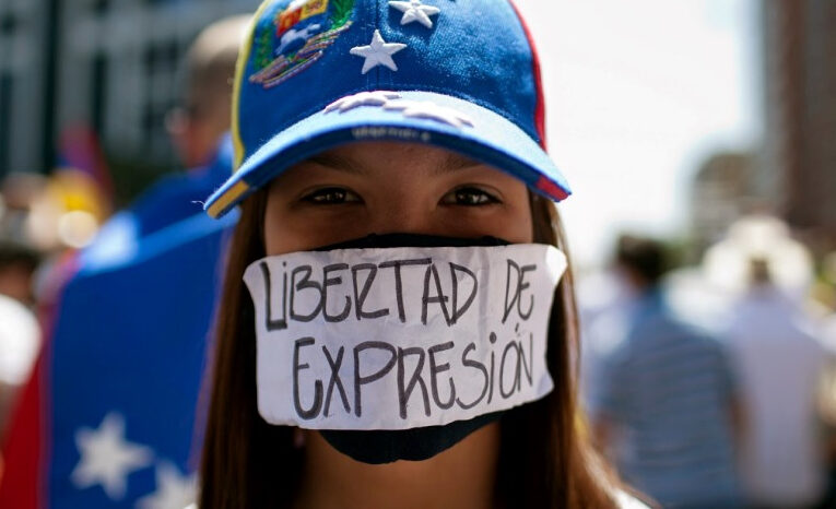 """SIP rechaza """"ola de agresiones"""" contra la prensa"""