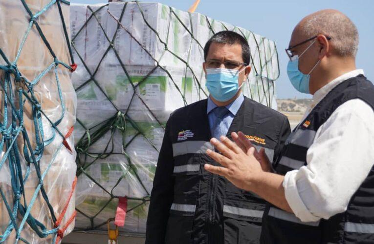 25 toneladas de insumos para el covid llegaron de China