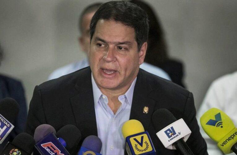 Diputado Florido exige a Perú abordar la xenofobia