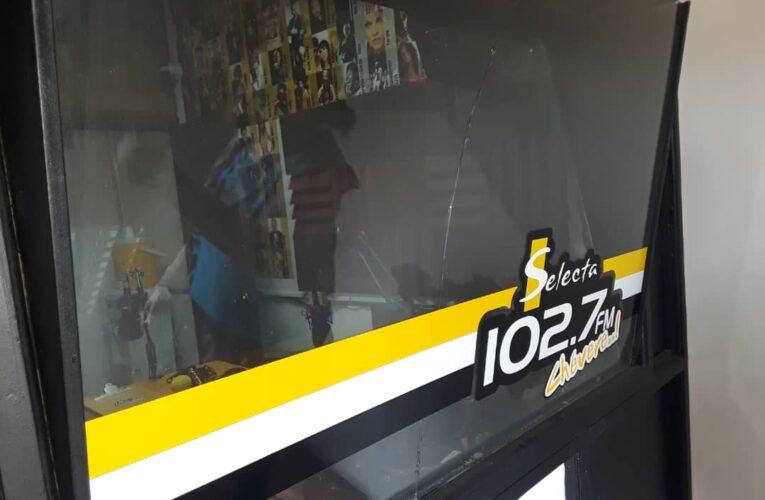 Conatel confisca equipos de Selecta 102.7 porque entrevistó a Guanipa
