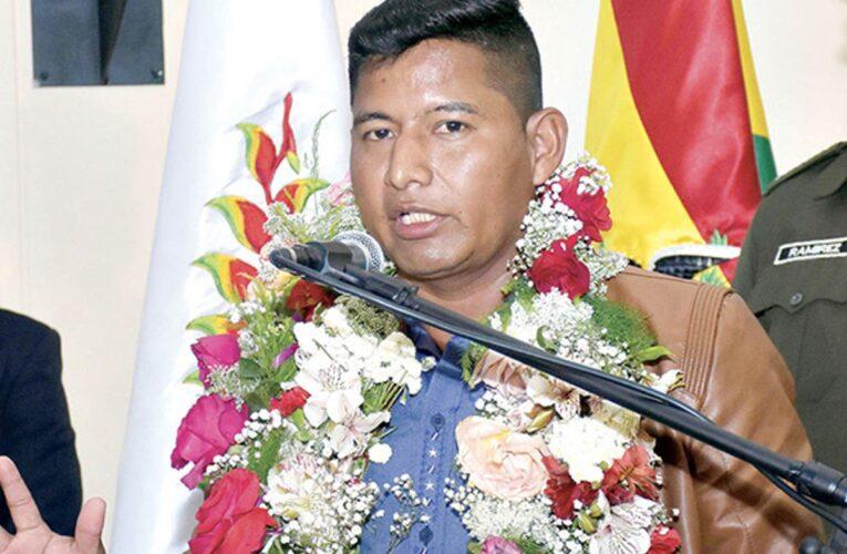 Detienen «in fraganti» a ministro boliviano recibiendo $20.000