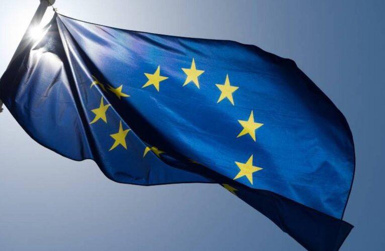 UE acusa a AstraZeneca de violación de contrato de vacunas