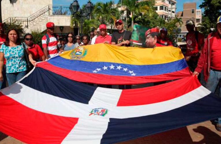 43 mil venezolanos buscan legalizarse en República Dominicana