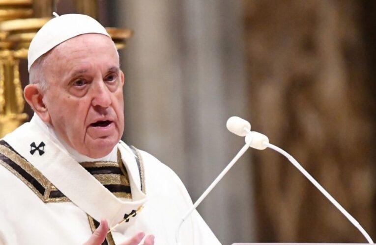 Papa insta a respetar derechos de la infancia