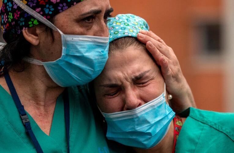 Mueren 5 médicos por covid en 48 horas