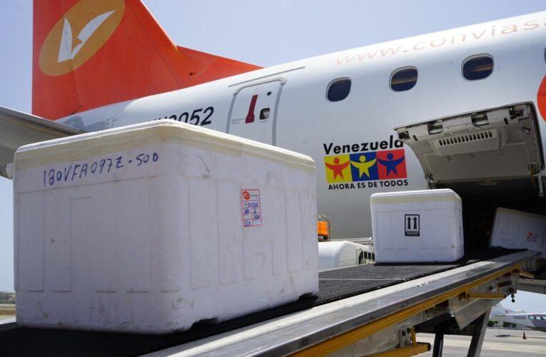 Avión de Conviasa llevó a Antigua y Barbuda 20 mil vacunas