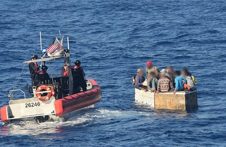 Naufragó balsa con 22 cubanos