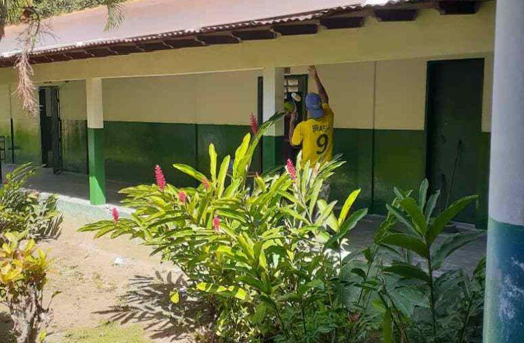 Piden culminar trabajos en la Escuela de Todasana antes del regreso a clases