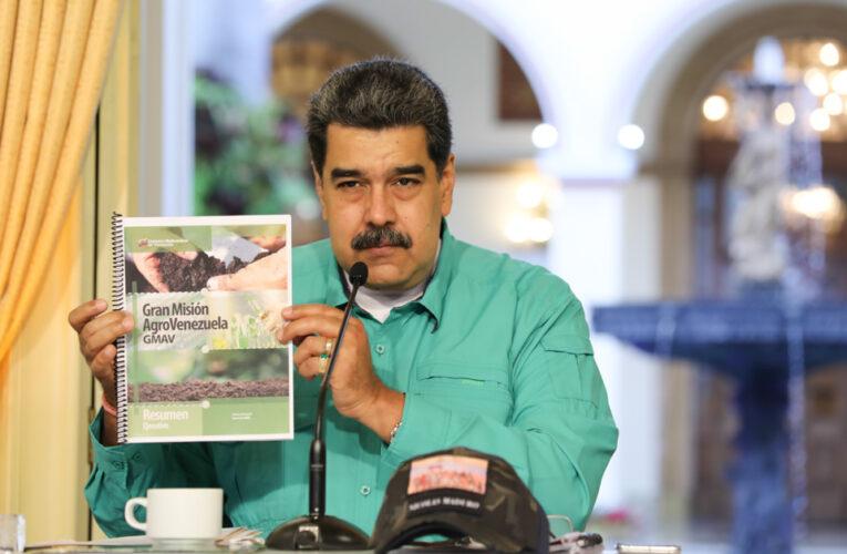 Maduro denunció complot contra la moneda y los precios