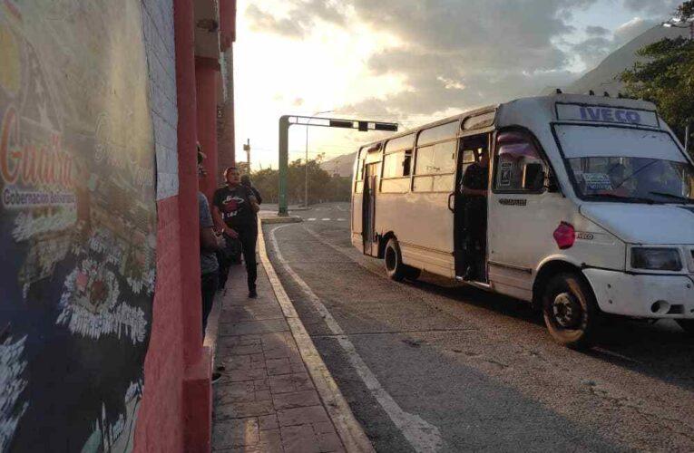 80 buses quedan en servicio en la Catia la Mar-Caribe