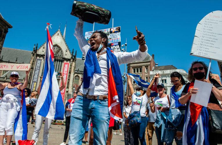 UE da su apoyo a manifestantes cubanos y pide liberación de detenidos