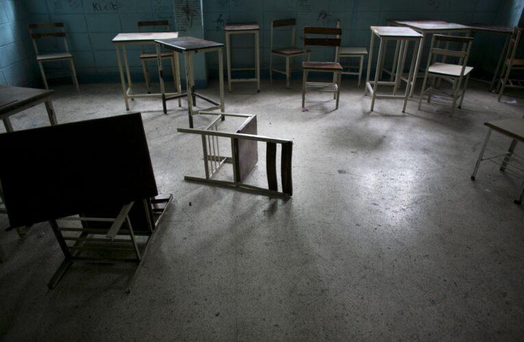 Sindicato Venezolano de Maestros: 85% de las escuelas no están en condiciones de reabrir