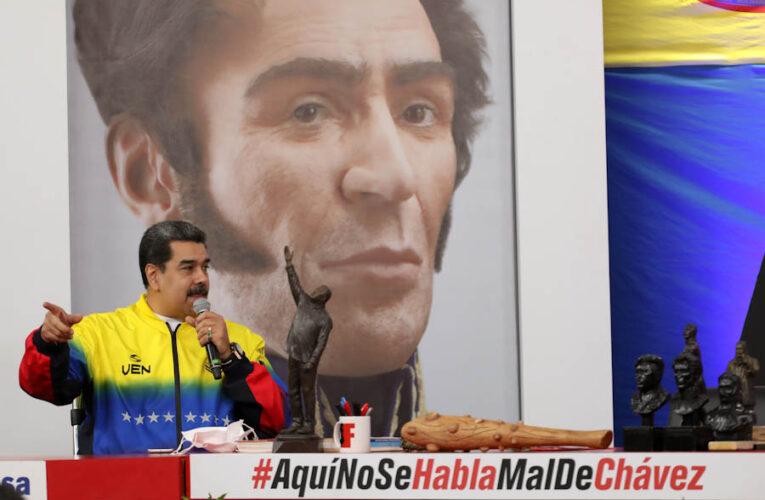 Maduro pide «regulaciones bien estrictas» para las redes sociales