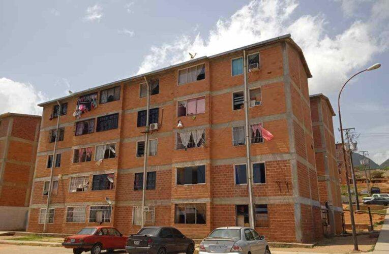 Urbanismo Martín Vegas requiere reparaciones en el techo