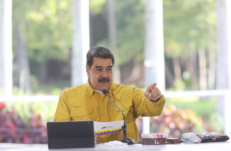 Maduro: Nos están robando las reservas de oro