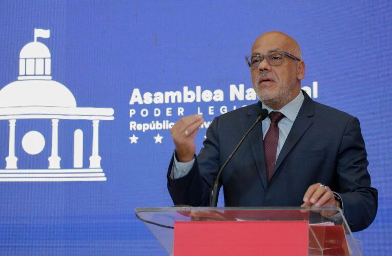 Jorge Rodríguez: Si quieren que negociaciones avancen dejen de amenazar