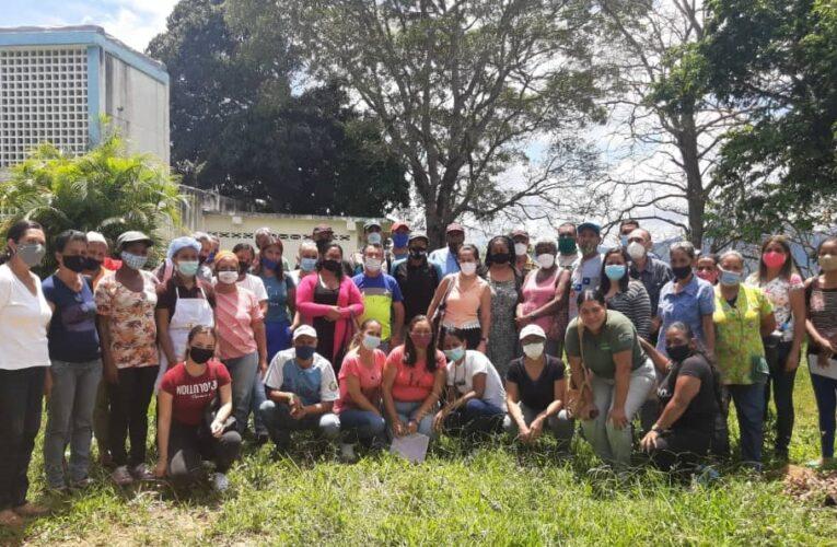 Realizan diplomado en bioinsumos en Carayaca