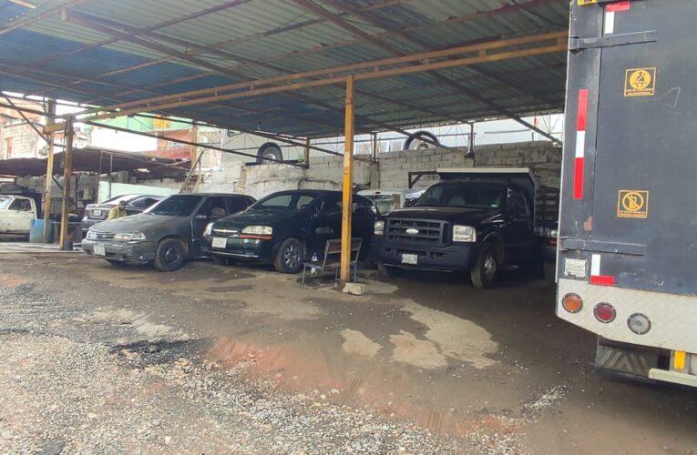 Buscan seguridad en estacionamientos tras robos a carros en la calle