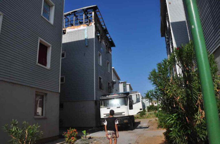 Inhabitables quedaron los dos apartamentos del Hugo Chávez