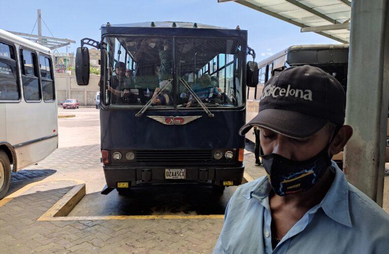 Bs.1.500 cobran en el terminal La Zorra para enfrentar a la parada paralela