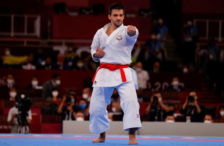 Antonio Díaz se despidió con un diploma