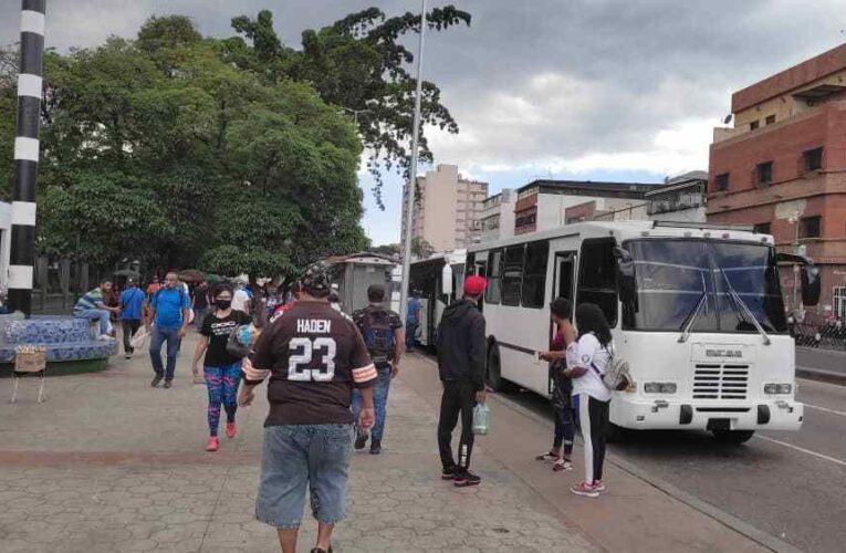 Playeros sufren por lento servicio solidario de Sitssa