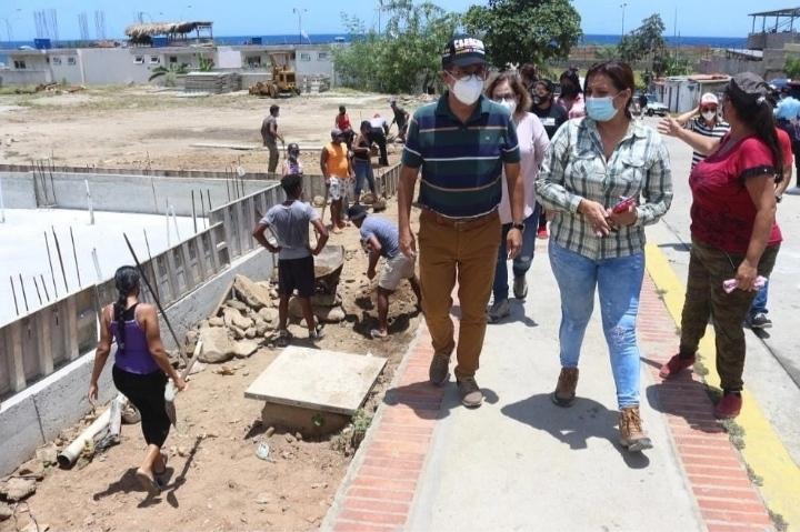 Avanza construcción de viviendas por autogestión en Catia la Mar y Caraballeda