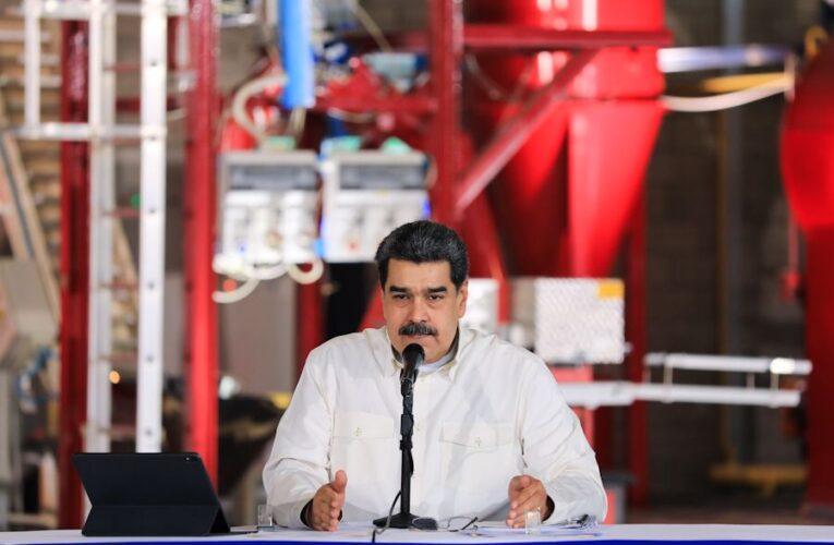 Maduro decreta emergencia por 90 días en cinco estados