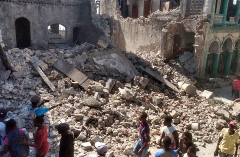 Terremoto en Haití ya suma más de 700 muertos