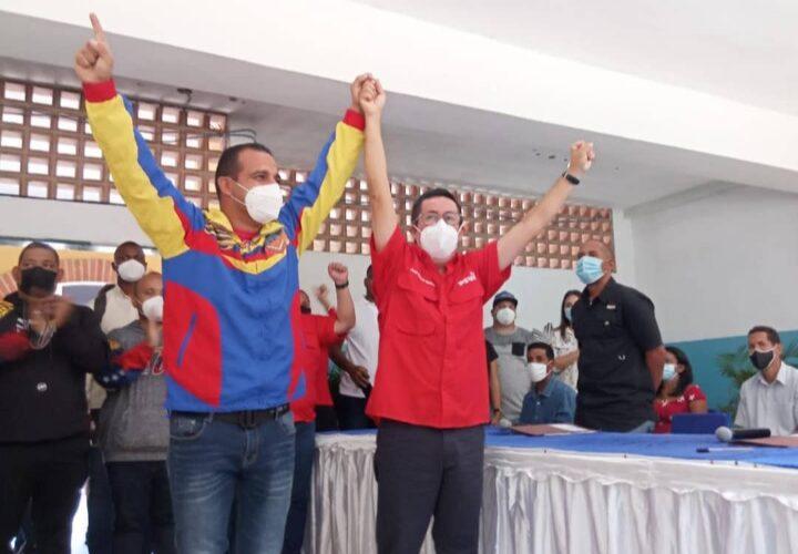 Terán y Suárez oficializan candidaturas ante el CNE