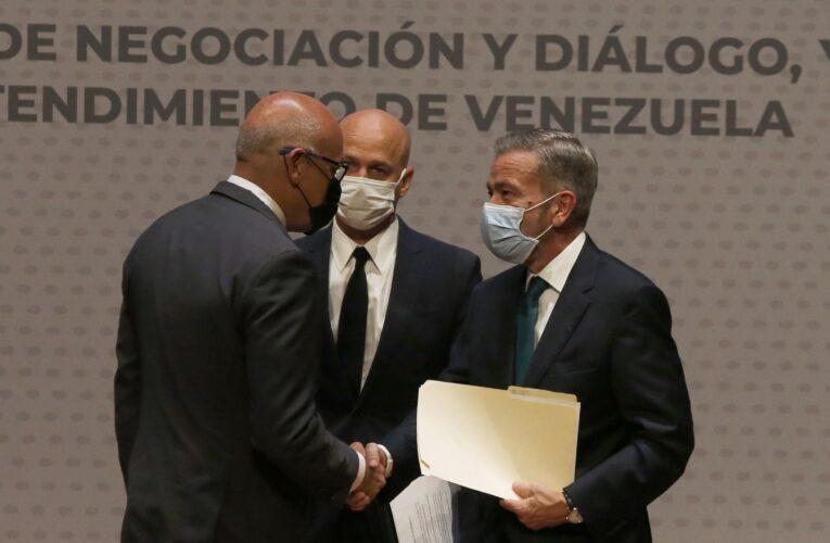 Legisladores de EEUU y Europa piden buena fe a Maduro en el diálogo con la oposición
