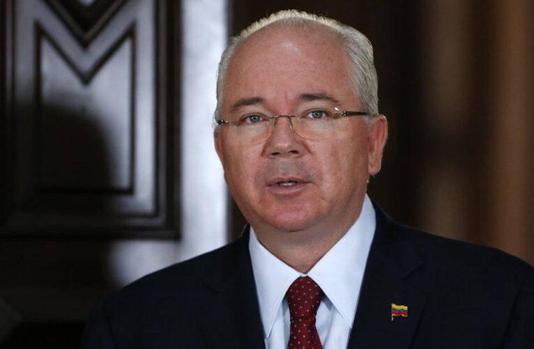 Italia decidirá en un mes sobre extradición de Rafael Ramírez a Venezuela