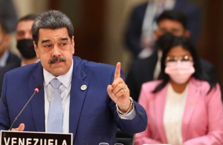Prohíben a Maduro disponer de 25 millones de euros bloqueados en España