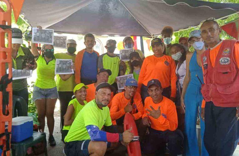 Realizaron taller de rescate acuático en el Paseo La Marina
