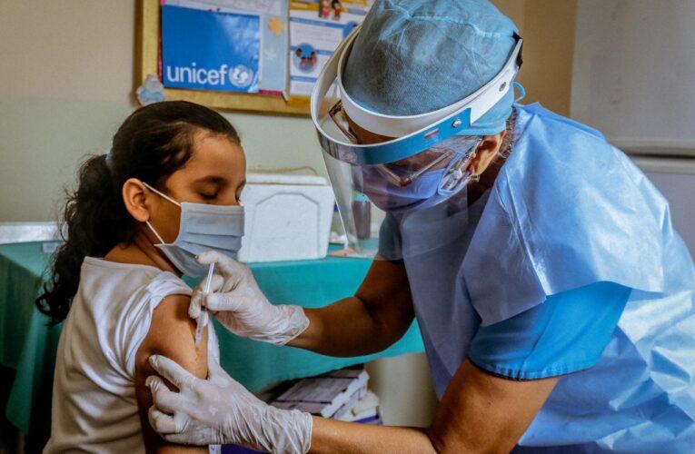 Vacuna Pfizer es segura para niños de 5 a 11 años