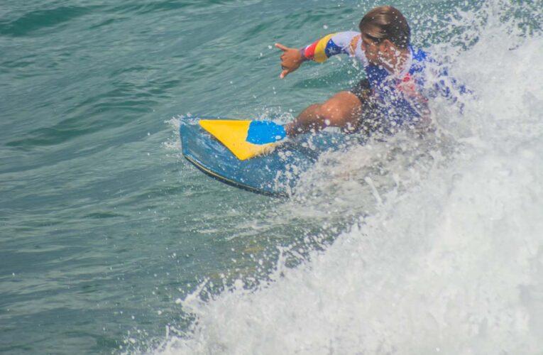 Más de 200 atletas compiten en II válida de Surf