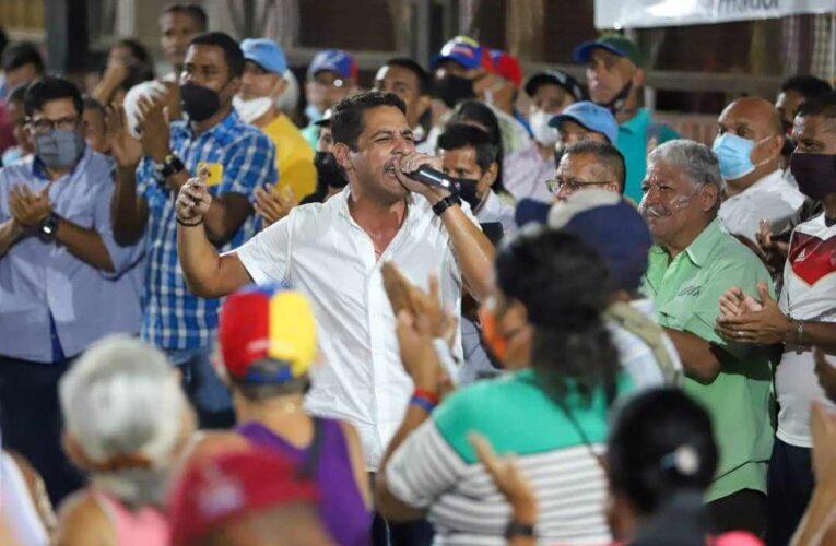 Olivares presentó sus propuestas a los guaireños