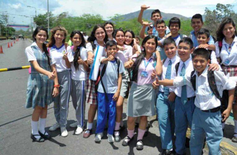 Gobierno permitirá corredor escolar en la frontera con Colombia