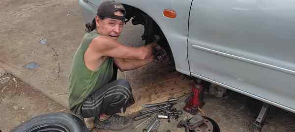 Gasolina de mala calidad daña los carros