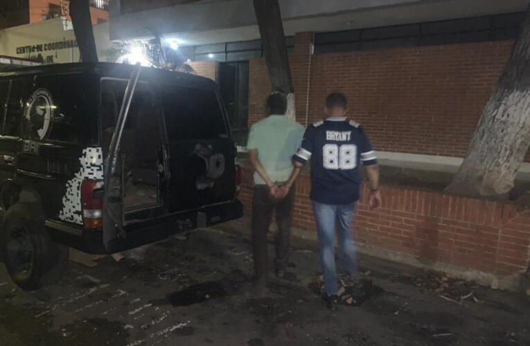 BRI detuvo a hombre con 15 envoltorios de crack y 9 dediles de coca
