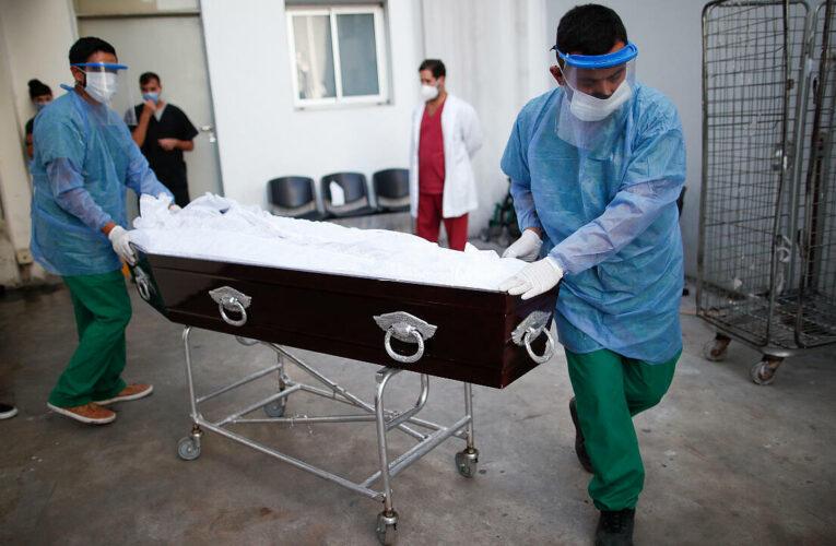 Más de 4,8 millones de muertos por covid
