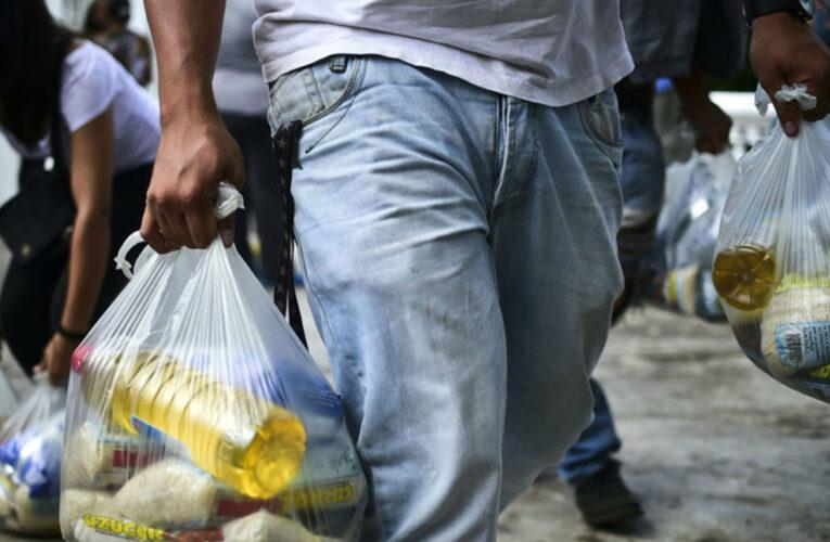 Amenazan con quitarles bolsas del CLAP por recibir a opositores