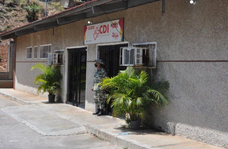 Oftalmología trabaja a duras penas en La Guaira