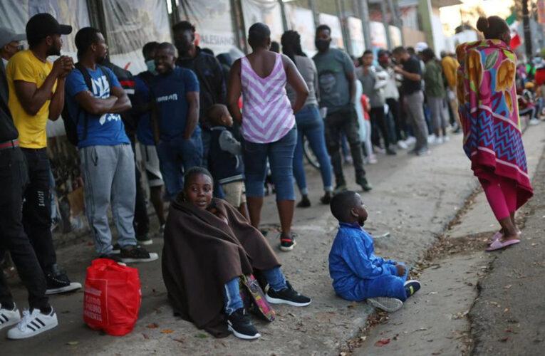Chile: Desmantelan red que traficaba con haitianos y venezolanos