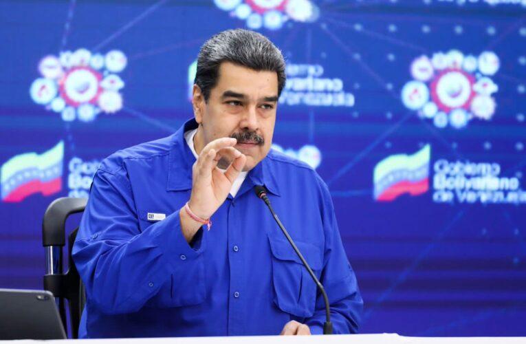 """Maduro anuncia el """"semáforo covid"""" para acceso a restaurantes"""