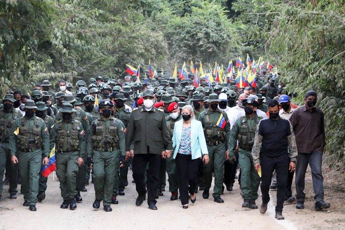 Maduro denunció la infiltración de grupos terroristas colombianos
